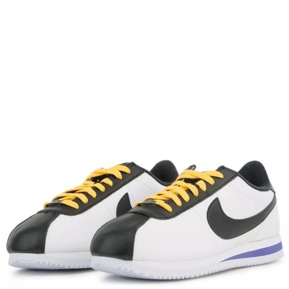 new arrivals 22785 ebfb2 Nike Cortez Mens Leather Shoes Amarillo